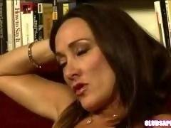 ClubSapphic - Michelle Lay Uses a Strap On with Chastity Lynn