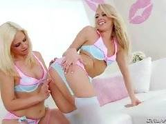 Lil' Gaping Lesbians #05, Scene #01. Tara Lynn Foxx, Zoey Monroe