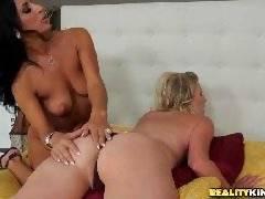 Pulsating pussy. Brianna Ray Sophia Bella