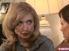 ClubSapphic - College Brunette Mia Presley and MILF Nina Hartley